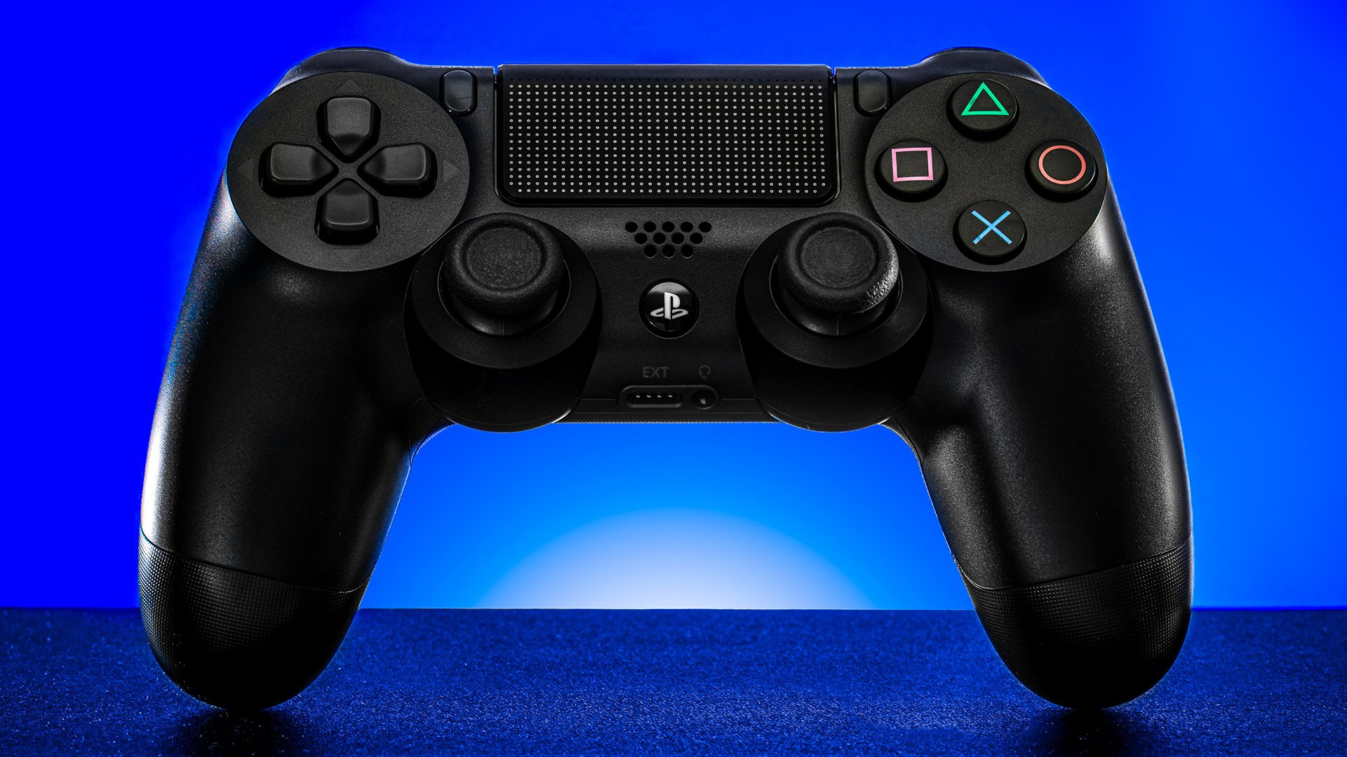 Photo of PlayStation is finally implementing DualShock 4 Controllers on iOS and Apple Arcade